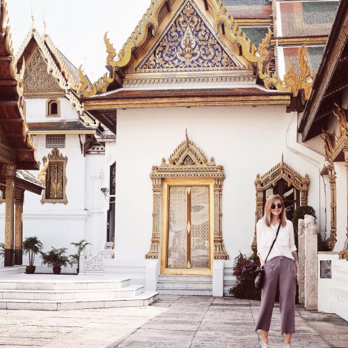 Im a typical tourist in bangkok fashionbloggerde germanblogger grandpalace