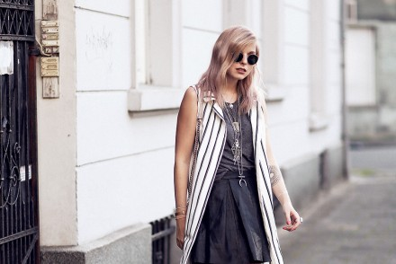waistcoat_stripes_outfit