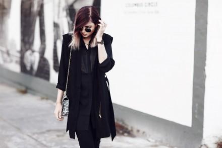 JANA_BLACKWHITE_236_WEB